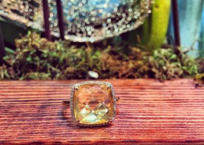 Mimis-Custom-Jewelry-Cushion-Ring