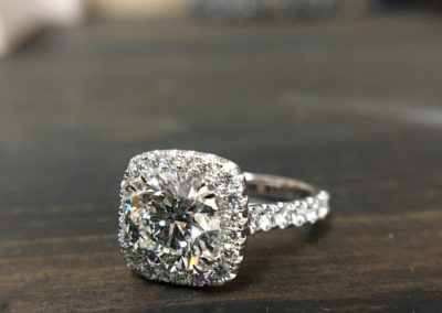 Mimis-Custom-Jewelry-Diamond-Engagement-Ring