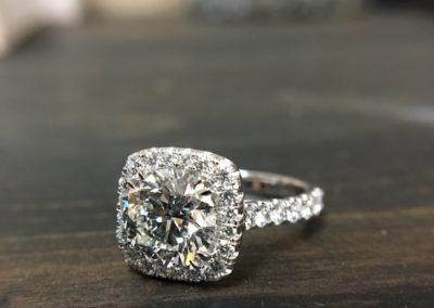 Mimis-Custom-Jewelry-Diamond-Engagement-Ring