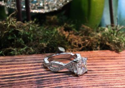 Mimis-Custom-Jewelry-Diamond-Ring