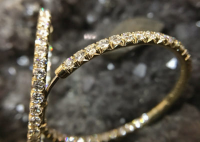 Mimis-Custom-Jewelry-Earring-Hoops-Diamond-Gold