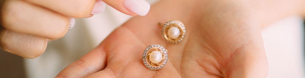 Gold and Diamond Ethical Buyer